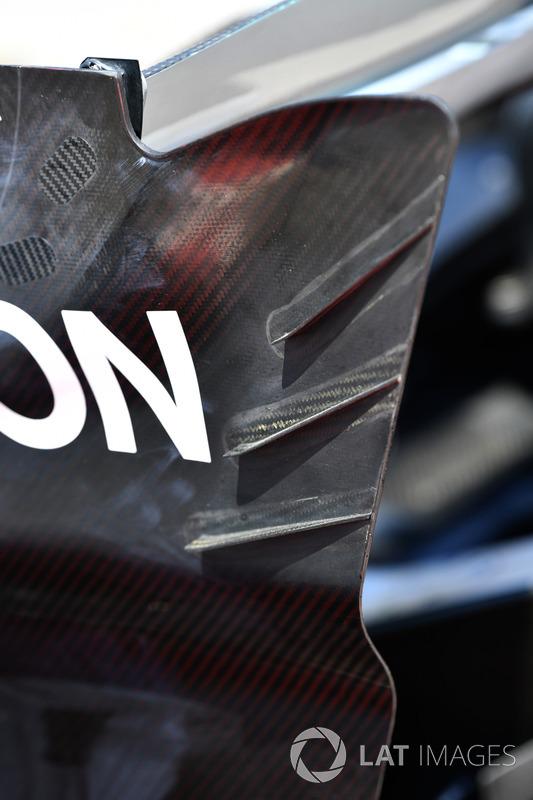 Mercedes-Benz F1 W08: Heckflügel