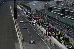Max Chilton, Chip Ganassi Racing Honda, Tony Kanaan, Chip Ganassi Racing Honda, Takuma Sato, Andretti Autosport Honda