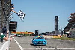Nicky Catsburg, Polestar Cyan Racing, Volvo S60 Polestar viert de overwinning