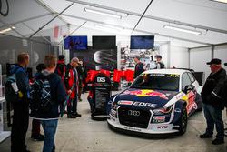 Экспозиция Audi EKS