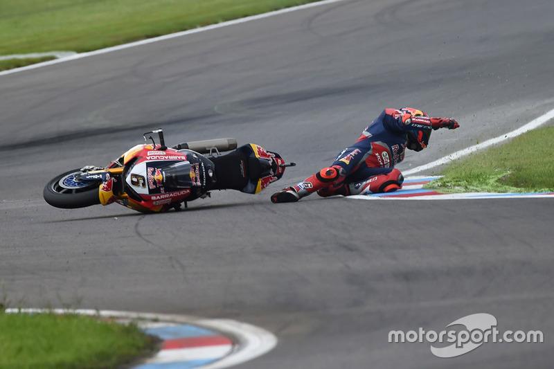 Choque de Stefan Bradl, Honda World Superbike Team