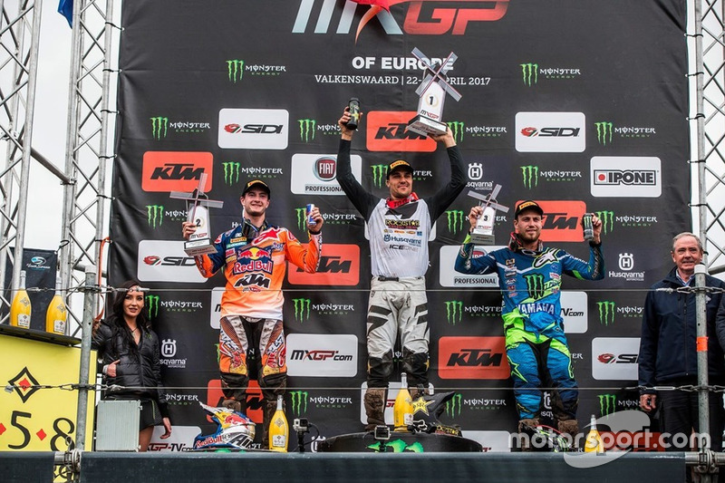 Podio: Jeffrey Herlings, Red Bull KTM Factory Racing, Gautier Paulin, Rockstar Energy Husqvarna Factory Racing, Jeremy van Horebeek, Monster Yamaha Factory Racing