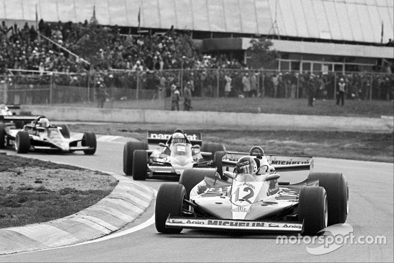 Жиль Вильнев (Ferrari 312T3), Джон Уотсон (Brabham BT46 Alfa Romeo), Марио Андретти (Lotus 79 Ford)