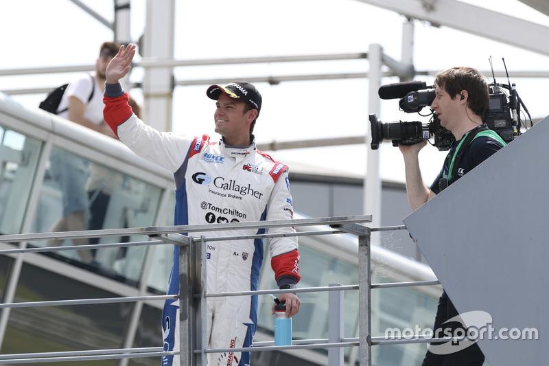Podium: Race winner Tom Chilton, Sébastien Loeb Racing, Citroën C-Elysée WTCC