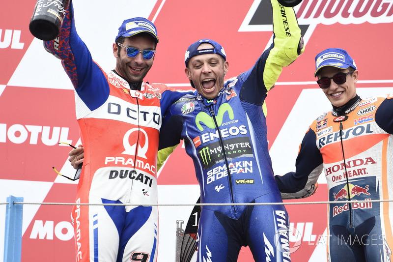 Pódio: segundo lugar Danilo Petrucci, Pramac Racing, vencedor da corrida Valentino Rossi, Yamaha Factory Racing, terceiro lugar Marc Márquez, da equipe Repsol Honda