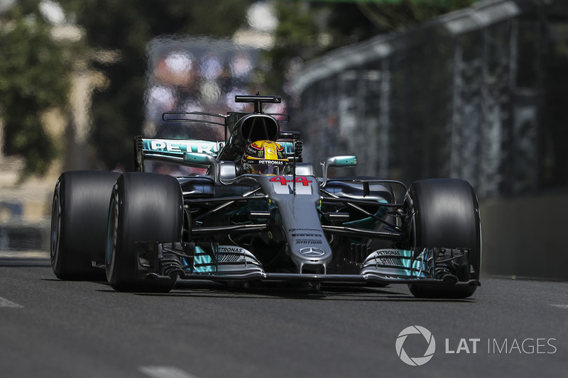 #2: Lewis Hamilton (66 Pole-Positions)