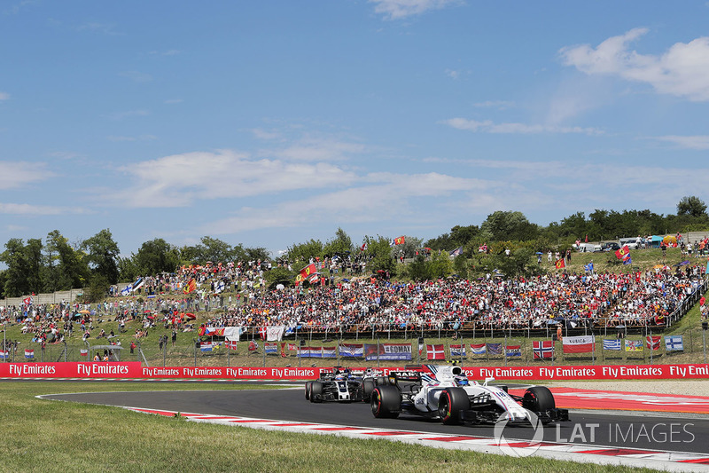 Ленс Стролл, Williams FW40, Ромен Грожан, Haas F1 Team VF-17