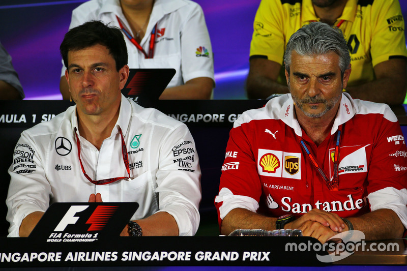 (L to R): Toto Wolff, Mercedes AMG F1 Shareholder and Executive Director and Maurizio Arrivabene, Ferrari Team Principal in the FIA Press Conference