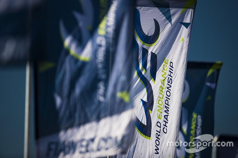 أعلام بطولة العالم لسباقات التحمل
