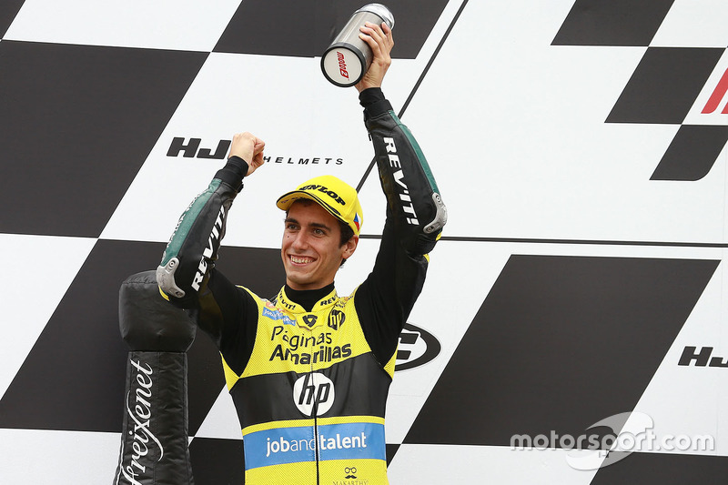 Podio: il secondo classificato Alex Rins, Paginas Amarillas HP 40