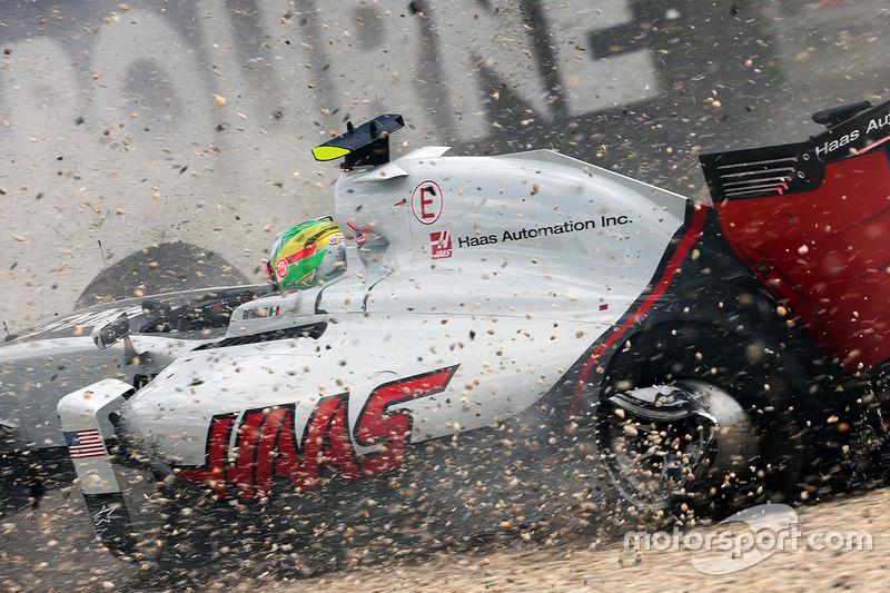 إستيبان غوتيريز، فريق هاس، يتعرض لحادث ويخرج من السباق