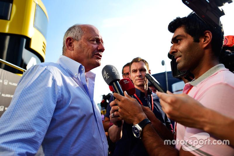 Ron Dennis, McLaren Direktörü