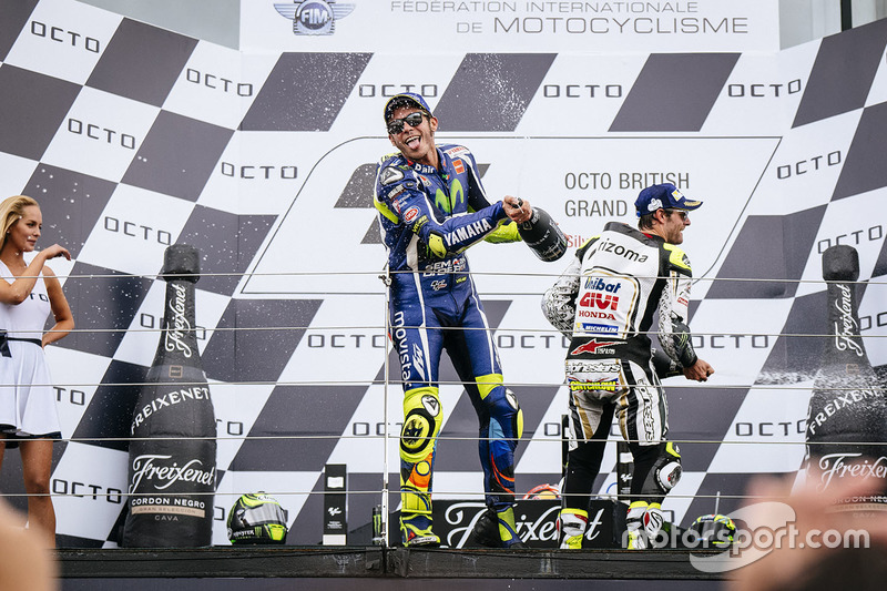 Podium: second place Cal Crutchlow, Team LCR Honda, third place Valentino Rossi, Yamaha Factory Racing