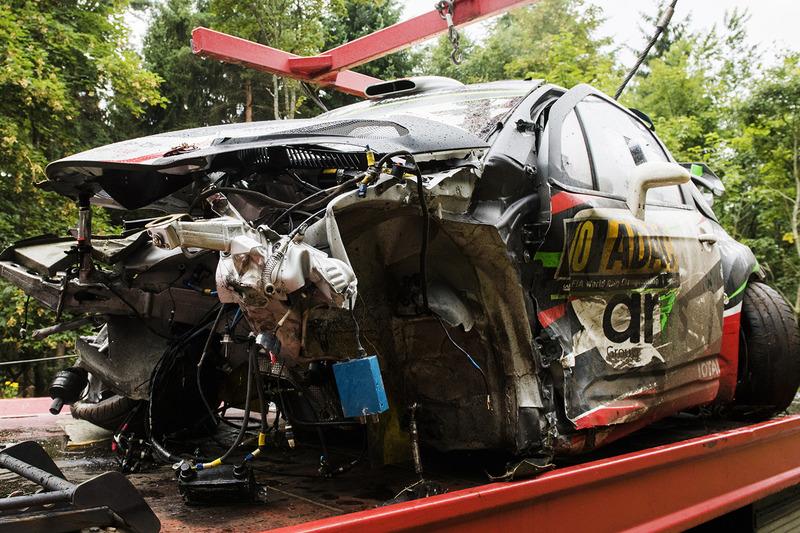 La vettura incidentata di Stéphane Lefebvre, Gabin Moreau, Citroën DS3 WRC, Citroën World Rally Team