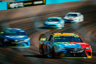 Big 3: Kyle Busch, Joe Gibbs Racing, Toyota Camry, Martin Truex Jr., Furniture Row Racing, Toyota Camry, Kevin Harvick, Stewart-Haas Racing, Ford Fusion