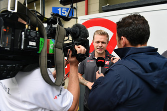 Kevin Magnussen, Haas F1 Team talks with the media