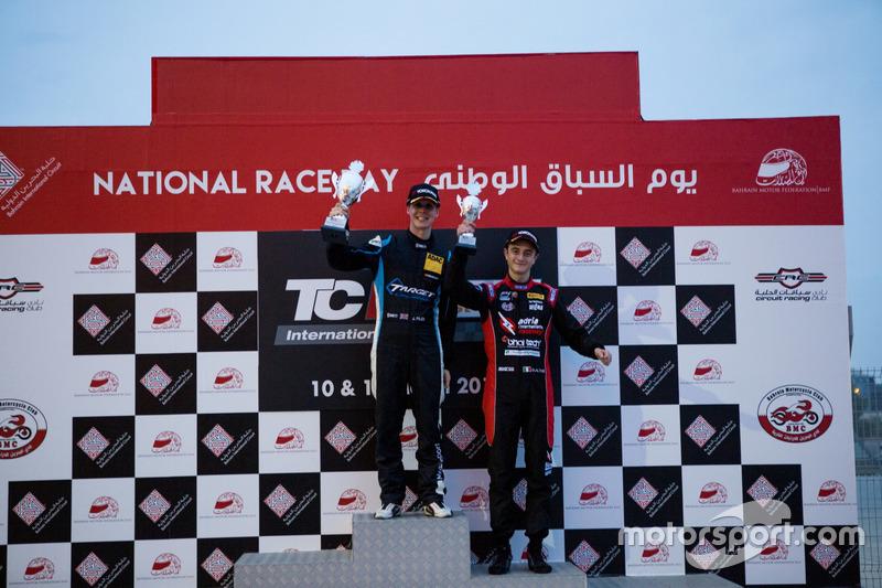 Podium: Race winner Josh Files, Lap57 Motorsport, Honda Civic TCR; third place Giacomo Altoè, Liqui Moly Team Engstler, Volkswagen Golf GTI TCR