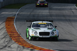 #88 Absolute Racing Bentley Continental GT3: Adderly Fong