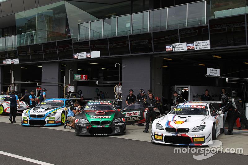 #60 BMW Team SRM, BMW M6 GT3: Steve Richards, Mark Winterbottom, Marco Wittmann; #7 BMW Team SRM, BM