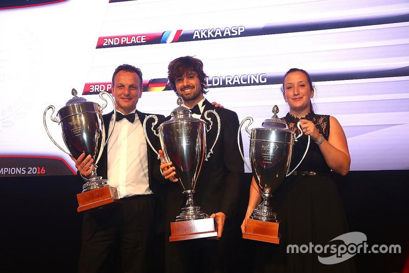 2016 Endurance Cup AM Cup equipos, Kessel Racing, priemro, AKKA ASP, segundo, Rinaldi Racing, tercero