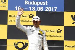 Podio: Ganador de la carrera Paul Di Resta, Mercedes-AMG Team HWA, Mercedes-AMG C63 DTM