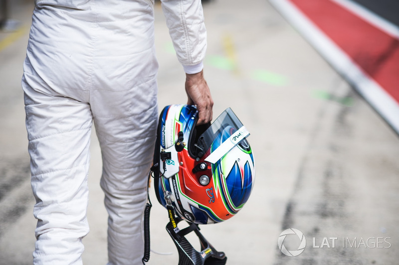 Casco de Paul Di Resta, Mercedes-AMG Team HWA, Mercedes-AMG C63 DTM