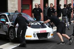 #117 Team 75 Bernhard Porsche 911 GT3 R: Michael Christensen, Kevin Estre, Laurens Vanthoor