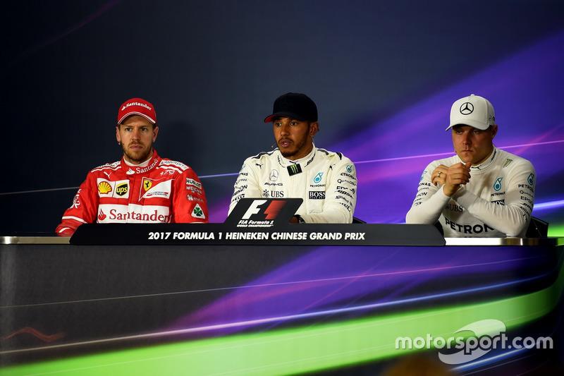 Polesitter Lewis Hamilton, Mercedes AMG F1; 2. Sebastien Vettel, Ferrari; 3. Valtteri Bottas, Mercedes AMG F1
