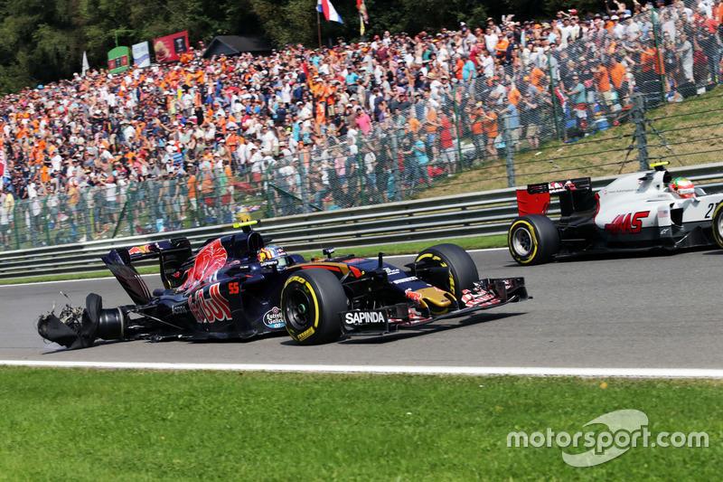 Ausfall: Carlos Sainz Jr. , Scuderia Toro Rosso STR11