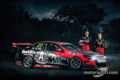 Holden HRT ANZAC Tribute Livery