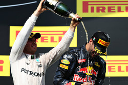 Podium: 2. Nico Rosberg, Mercedes AMG F1 Team; 3. Daniel Ricciardo, Red Bull Racing