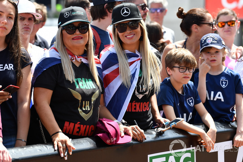 Tifose di Lewis Hamilton, Mercedes-AMG F1