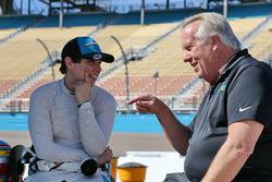 Gabby Chaves, Harding Racing ve takım menajeri Larry Curry