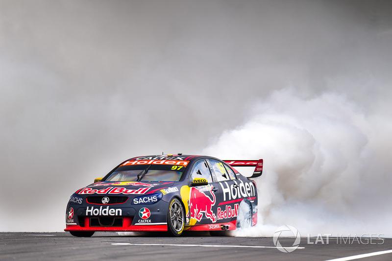 2. Race winner Shane van Gisbergen, Triple Eight Race Engineering Holden