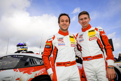#31 Frikadelli Racing Team Porsche 991 GT3R: Alexander Müller, Matt Campbell