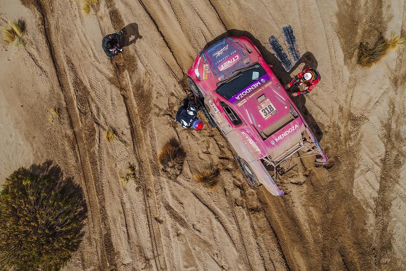 10. #318 Toyota: Лусіо Альварес, Роберт Хоуі