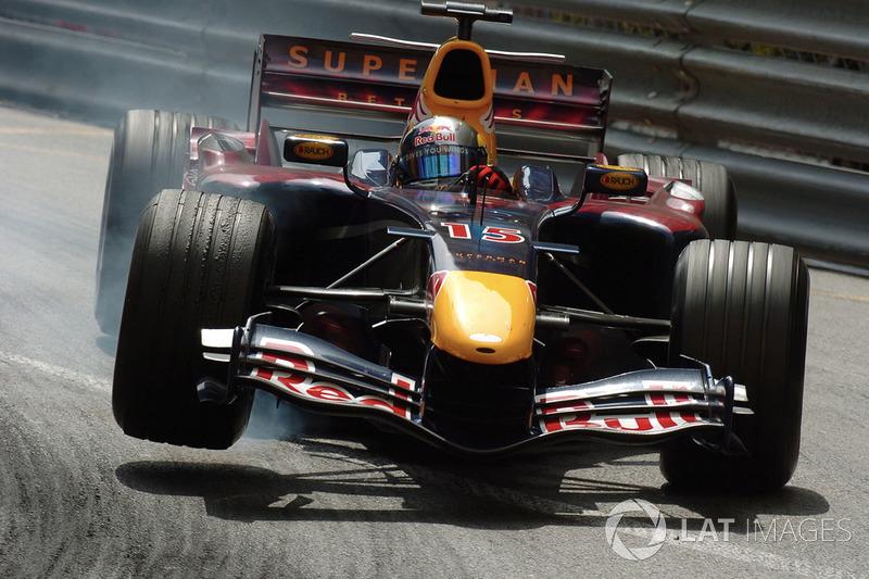 Кристиан Клин (в Red BullRacing – 2005-2006, 30 Гран При, 11 очков, лучший результат– 5-е место)