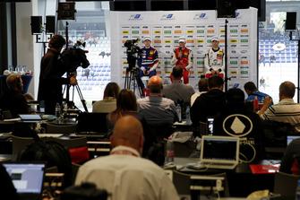 Mick Schumacher, PREMA Theodore Racing Dallara F317 - Mercedes-Benz, Robert Shwartzman, PREMA Theodore Racing Dallara F317 - Mercedes-Benz, Alex Palou, Hitech Bullfrog GP Dallara F317 - Mercedes-Benz