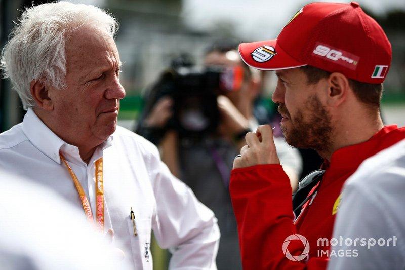 """Sebastian Vettel: """"Gestern bin ich noch die Strecke mit ihm abgegangen. Wir haben Witze gemacht, über den Winter geredet, über unsere Kinder und die Familie. Ich bin in Gedanken bei seiner Familie. Für die kann nichts und niemand diesen Verlust ersetzen."""""""