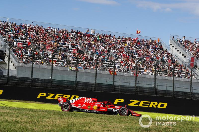 Vettel explains risky move