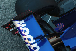 Scuderia Toro Rosso STR12 rear suspension detail