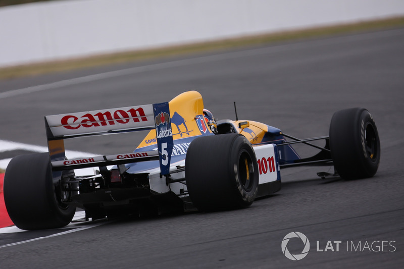Karun Chandhok in the Williams FW14B Renault Sport F1 Team