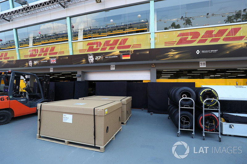 Renault Sport F1 Team garage and freight