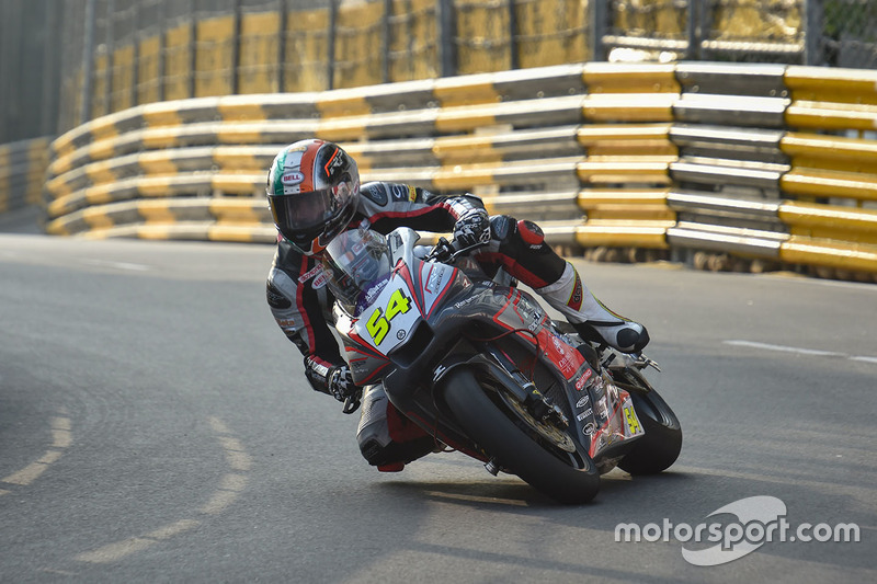16. Steve Heneghan, Yamaha