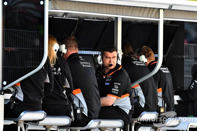 Гоночный инженер Sahara Force India F1 Брэдли Джойс