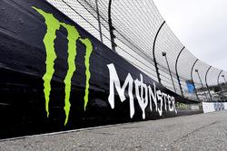 Schriftzug: Monster Energy NASCAR Cup Series