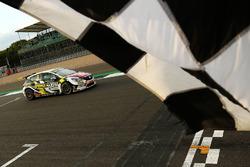 Rob Huff, Power Maxed Racing Vauxhall Astra