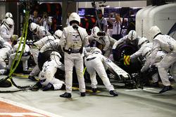 Lance Stroll, Williams FW40, au stand