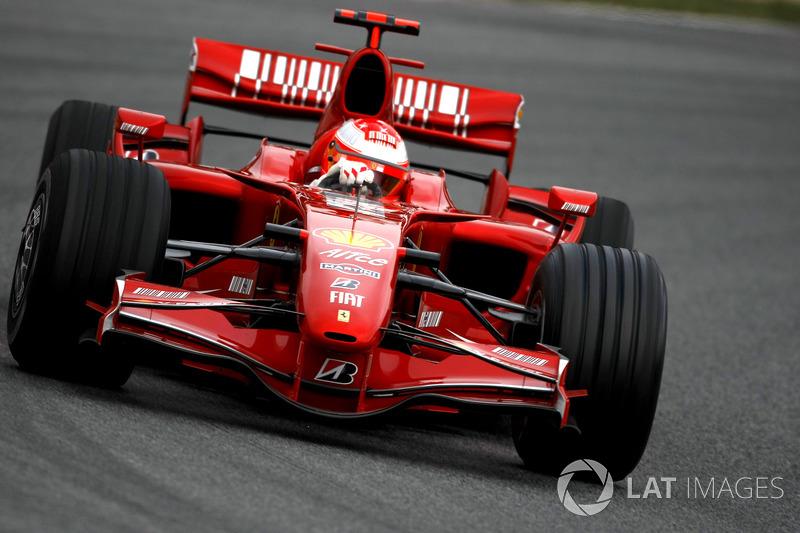 2007: rojo Ferrari