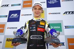 Champion Lando Norris, Carlin Dallara F317 - Volkswagen